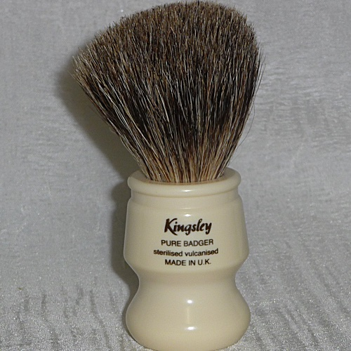 8012 Kingsely Badger Shave Brush